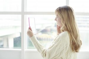 ずっと綺麗でいるためにすぐ実践!顔の老化原因には3つの方法で対策を!